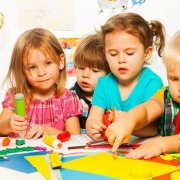Ходенето на пръсти при децата, Какво помага за езиковото развитие, Detski-centar-Yuppie.bg_02